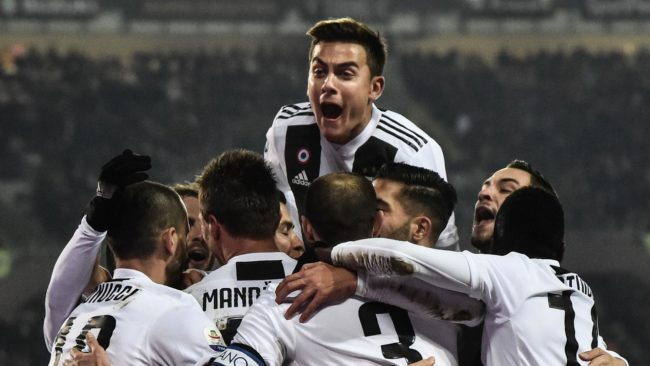 Untuk saat ini Juventus masih kokoh dan bertahan diposisi puncak klasemen sementara Serie A