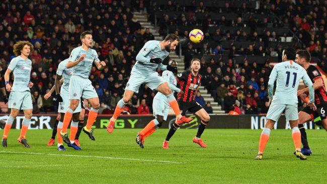 Gonzalo Higuain mencatatkan sebuah catatan rekor yang buruk saat Chelsea harus kalah dari Bournemouth dengan skor akhir 0 - 4